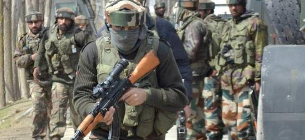 जम्मू-कश्मीर : कुलगाम में बड़ा आतंकी हमला, 5 मज़दूरों को मौत के घाट उतारा , 1 घायल